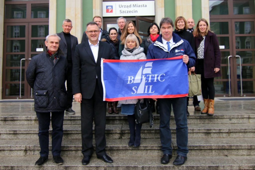 The group of Baltic Sail members was welcomed by city-president of Sczczecin Piotr Krzystek before meeting at marina Sczczecin (photo: Gesine Schuer)